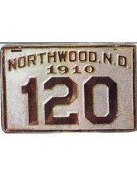 old metal license plates Northwood, ND